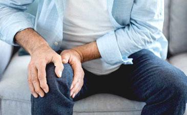 arthritis doctor in Delhi